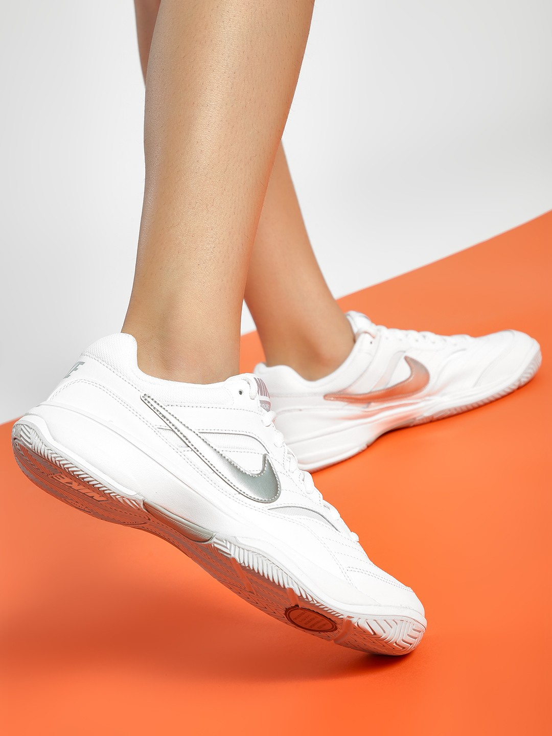 Nike White Court Lite Trainers 1