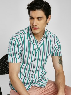 TRUE RUG Vertical Stripe Print Shirt