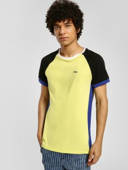 IMPACKT Contrast Side Panel Raglan Sleeve T-Shirt