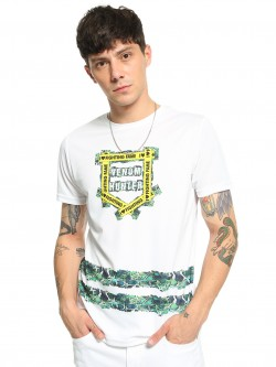 Fighting Fame Snakeskin Text Placement Print T-Shirt
