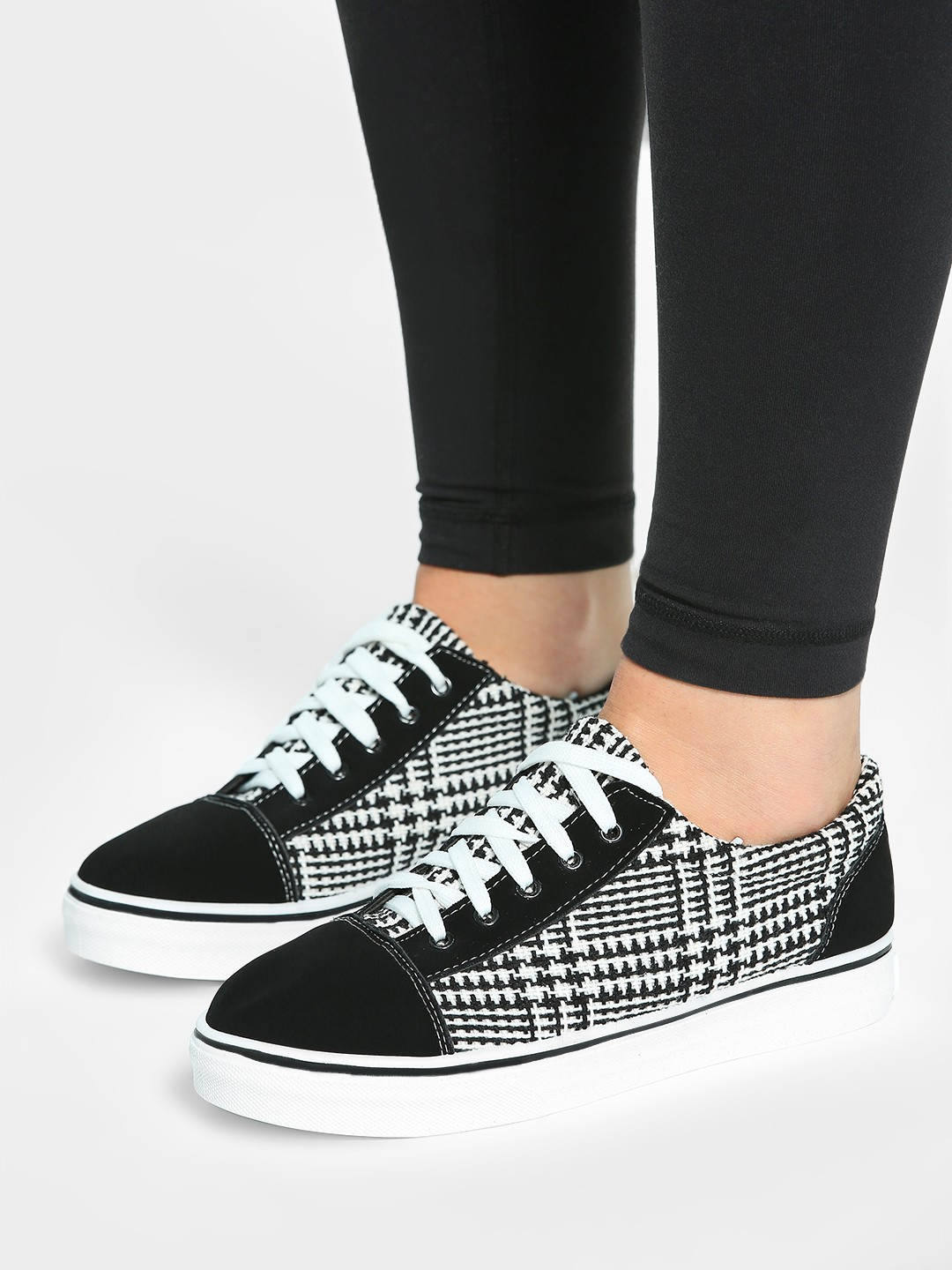EmmaCloth Black Double Knit Check Sneakers 1