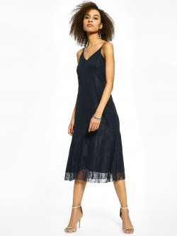 Miaminx V-Neck Lace Midi Dress
