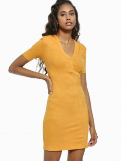 KOOVS Ribbed V-Neck Bodycon Dress
