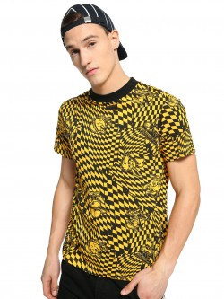 KOOVS Raised Neck Checkerboard Print T-Shirt