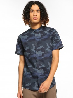 Green Hill Camo Print Short Sleeve Shirt