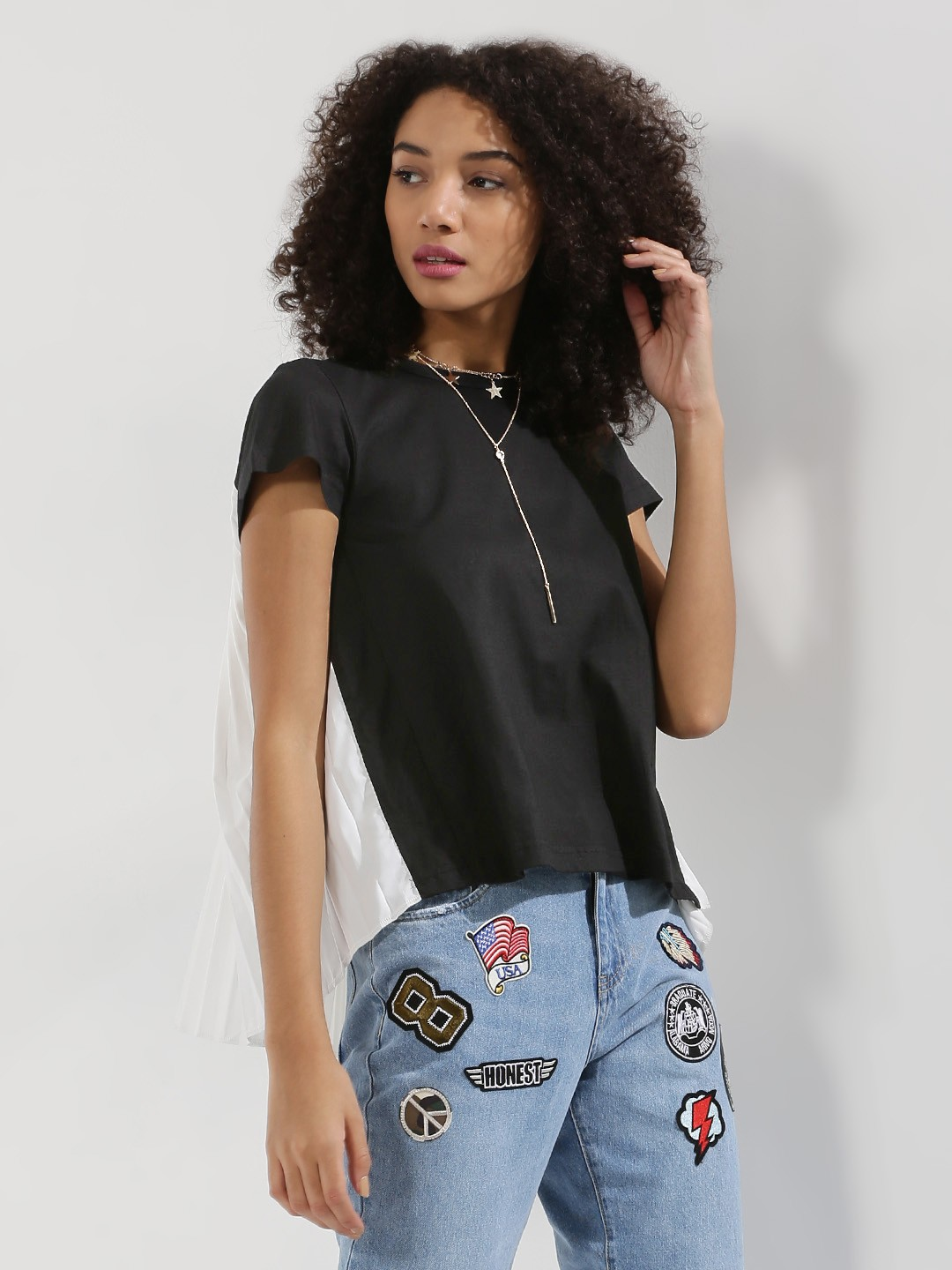 Noble Faith Black/White T-Shirt With Contrast Pleat 1