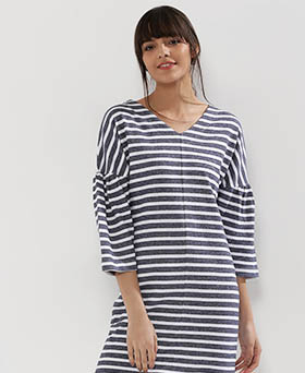 SLOUCHY STRIPES